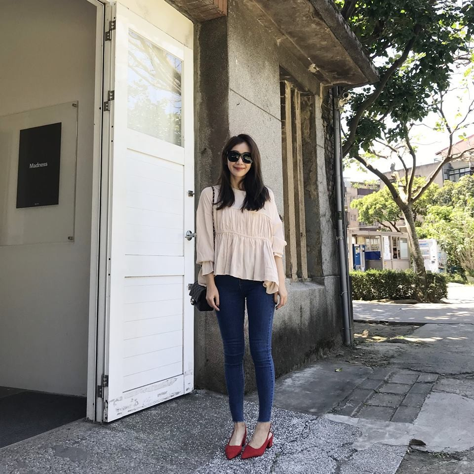 H09-粉色雪紡飄飄上衣(現貨)