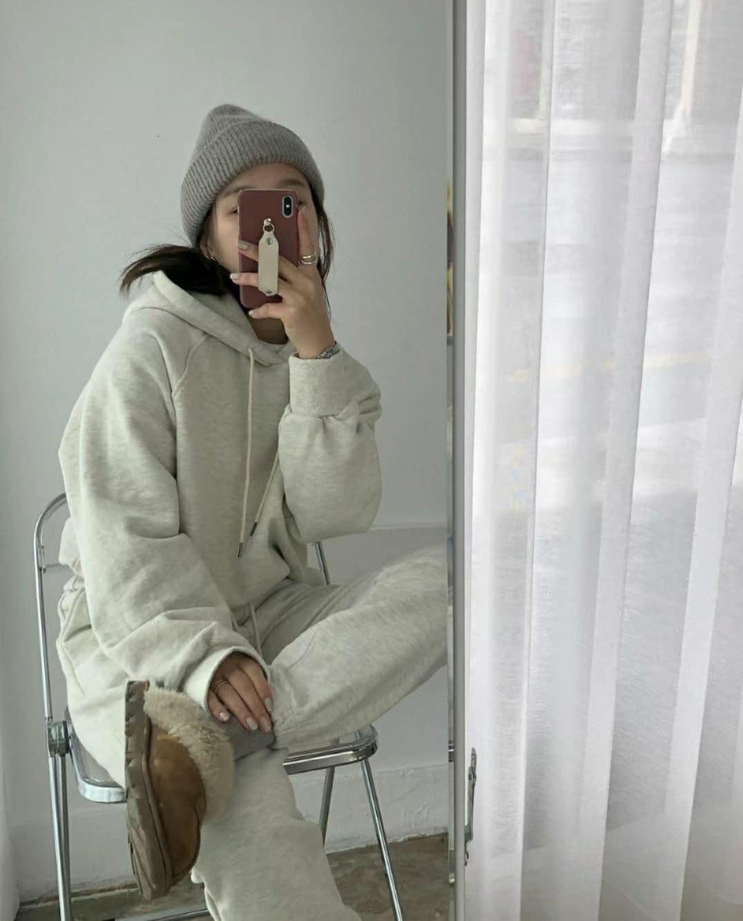 J210129-連帽舖毛套裝-象牙白棉褲 (現貨)