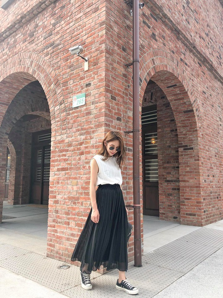 M9514-黑色百摺高腰紗裙(預購)
