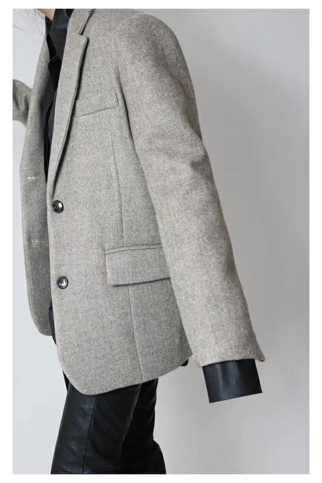 N91138-羊毛挺版中長版西外 (預購)