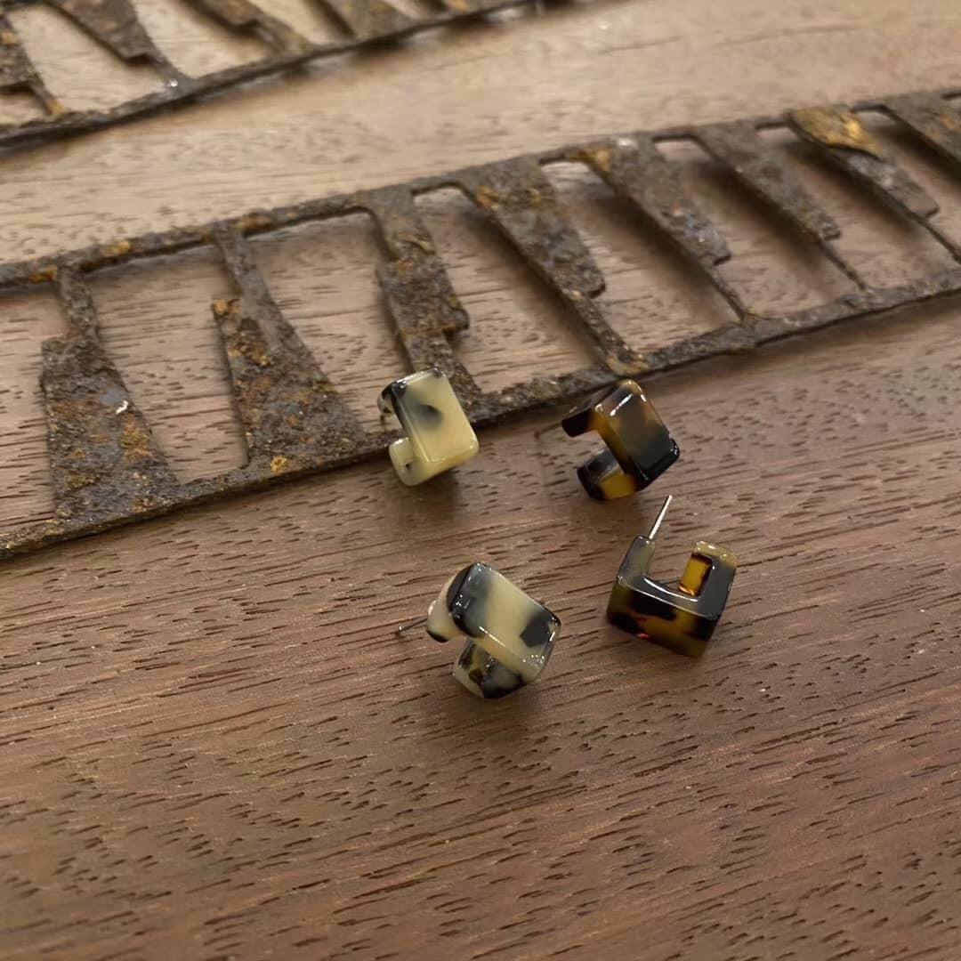 O201025-琥珀色耳環 (深色)(現貨)