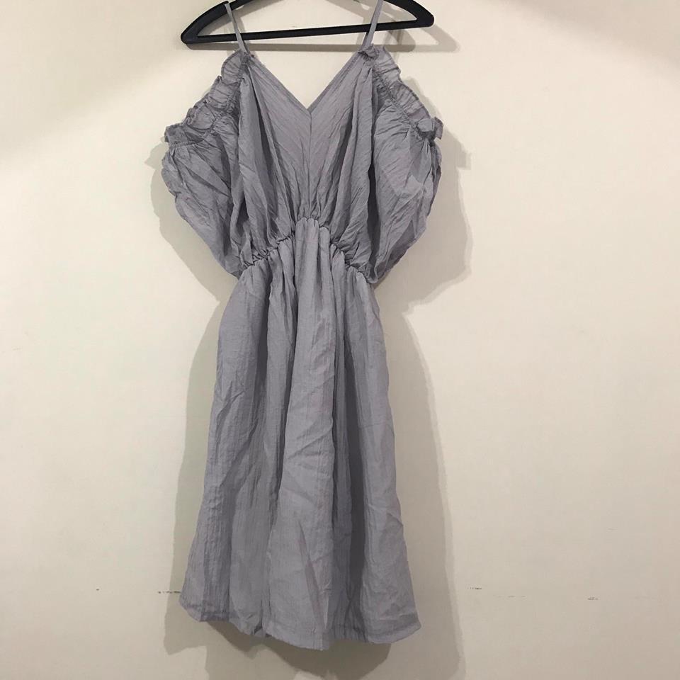 **SS57-薰衣草色露肩洋裝(現貨)