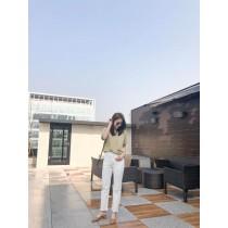 M9304-白色直筒丹寧褲(預購)