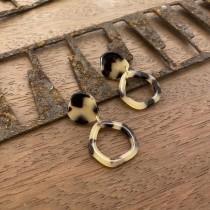 O201026-垂墜式琥珀色耳環 (現貨)