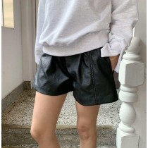 S9935 - 時髦皮質短褲 (預購)